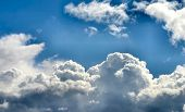 Bewölkten Himmel