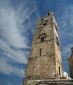Mittelalterliche katholische Kirche (14. Jh.). Chiesa Matrice In Erice auf Sizilien.