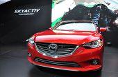 Sedan Mazda 6