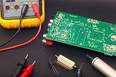 Polimeter y circuito electrónico