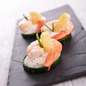 appetizer, cucumber with shrimp