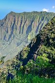 picture of na  - The cliffs of Na Pali on Hawaii - JPG