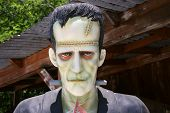 foto of frankenstein  - a frankenstein statue for sale at a gift shop in southern california - JPG