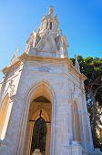 foto of pilaster  - Image of the Calvary Church of Molfetta - JPG