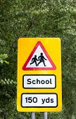School crossing warning wign