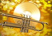 Постер, плакат: Gold vinyl record