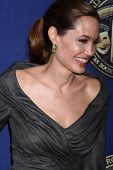 LOS ANGELES - FEB 10: Angelina Jolie bei der 2013 American Society of Cinematographers Award bei der