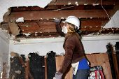LOS ANGELES - FEB 9:  Kelly Sullivan demolishing a ceiling at the 4th General Hospital Habitat for H