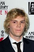 LOS ANGELES - OCT 7:  Evan Peters at the