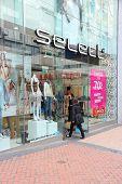 Select Fashion Store