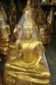 Buda latón abrigo nuevo