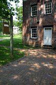 Colonial Shop