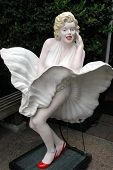 Marilyn Statue