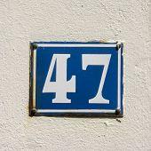 N. º 47
