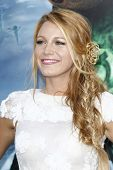 LOS ANGELES - JUN 15: Blake Lively at the premiere of Warner Bros. Pictures' 'Green Lantern' held at