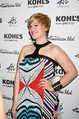 LOS ANGELES - 16 de maio: Erika Van Pelt chega à coleção