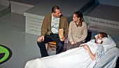 Lynden, Wa - 16 de fevereiro - produção de teatro de meninas do Radium