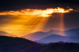 foto of smoky mountain  - Colorful autumn sunrise over the Smoky Mountains - JPG