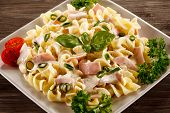 picture of carbonara  - Pasta carbonara and vegetables - JPG