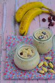Banana almond overnight oats
