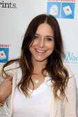 LOS ANGELES - APR 27:  Jenny Mollen at the Milk + Bookies Story Time Celebration at Skirball Center