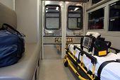 Exibição de ambulância, Interior