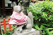 Stone Fox Statues