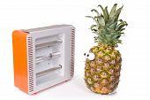 pineapple with Facial solarium