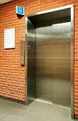 Vertical Steel Door Elevator