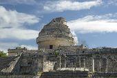O Observatório de Chichén Itzá,
