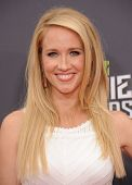 LOS ANGELES - APR 14:  Anna Camp arrives to the Mtv Movie Awards 2013  on April 14, 2013 in Culver C
