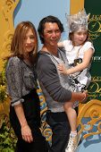 LOS ANGELES - MAY 3:  Lou Diamond Phillips, family at the