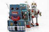 solitario de juguetes robot