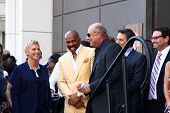 LOS ANGELES - MAY 13:  Ellen DeGeneres, Steve Harvey, Dr. Phil McGraw at the Steve Harvey Hollywood