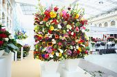 MOSCOW - SEPTEMBER 4: Two big bouquets at XIX International Flower Show in Gostinnyj dvor, on Septem