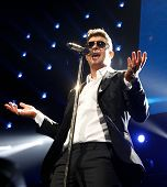 BOSTON-DEC 14: Singer Robin Thicke performs at KISS 108's Jingle Ball 2013 at TD Garden on December