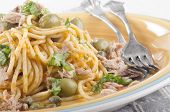 Spaghetti With Tuna, Olive And Basil