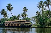 pic of alleppey  - Traditional Inian house boat  in Kerala - JPG