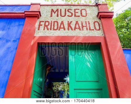 Entrance of Frida
