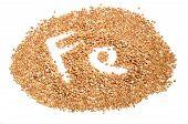 Granos de trigo sarraceno - buena fuente de hierro (Fe)