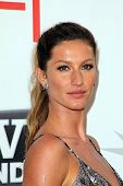 Gisele Bundchen at AFI's 39th Annual Achievement Award Honoring Morgan Freeman, Sony Pictures Studios, Culver City, CA. 06-09-11