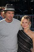 Dax Shepard, Kristen Bell at the 2011 VH1 Do Something Awards, Hollywood Palladium, Hollywood, CA 08