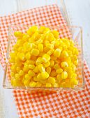 foto of sweet-corn  - sweet corn in bowl and on a table - JPG
