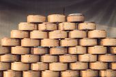 picture of chinese food  - Stack of Chinese Bamboo Steamer for Steaming Chinese Food - JPG