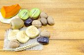 picture of fall-wheat  - Orthodox Christmas offernigs including pumpkin figs walnuts and wheat - JPG
