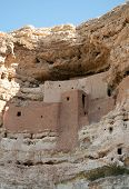 Montezuma Castle National Monument native american indian ruins