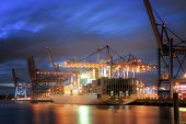 pic of oversize load  - Container Terminal in Hamburg - JPG