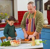 Vater und Kind Kochen