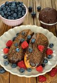 Eclairs With Berries