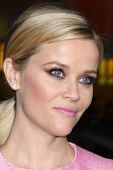 LOS ANGELES - DEC 10:  Reese Witherspoon at the